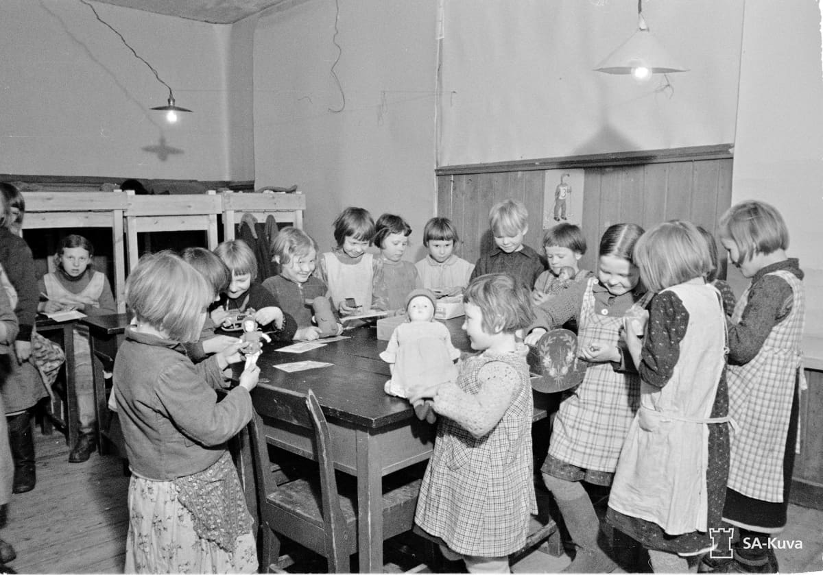 Vuokkiniemen koulukoti 1942