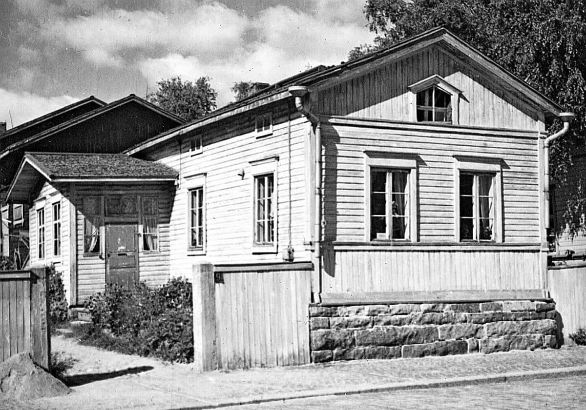 155-vuotias Sparvinin talo korjataan perusteellisesti Toivolan Vanhalla Pihalla.