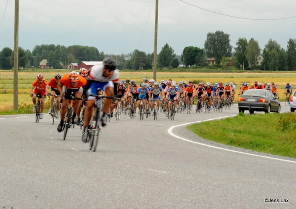 Vuonna 2016 Botniapyöräilyyn odotetaan jopa 1400 pyöräilijää.