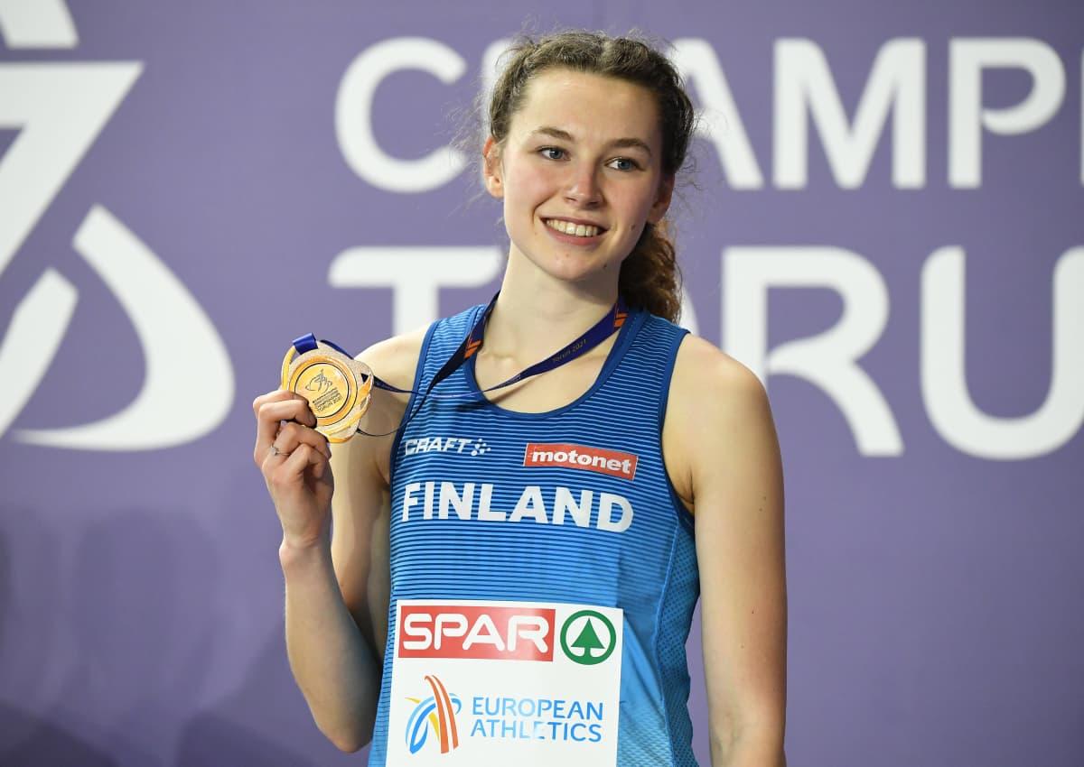 Ella Junnila voitti EM-hallikisoissa pronssia korkeushypyssä Torunissa.