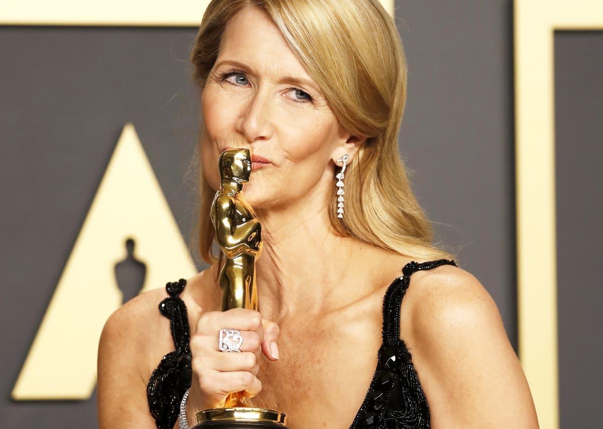 Oscarin parhaasta naissivuosasta sai Laura Dern roolistaan elokuvassa Marriage Story.