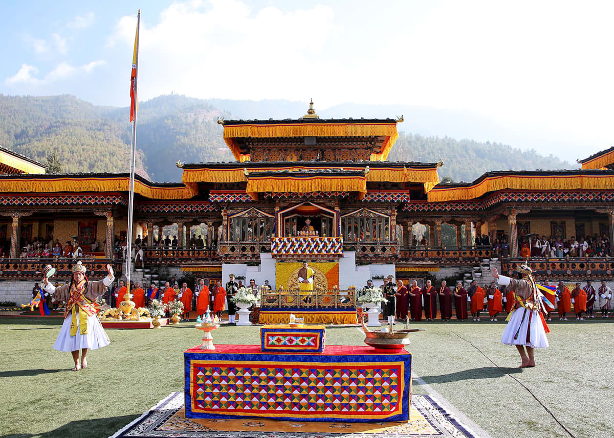 Bhutanin kansallispäivän juhlintaa Thimphussa Bhutanissa 16.12.2019