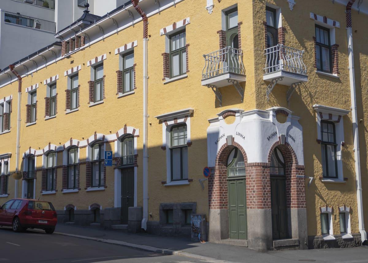 Rauhan talo Hämeenlinnassa.