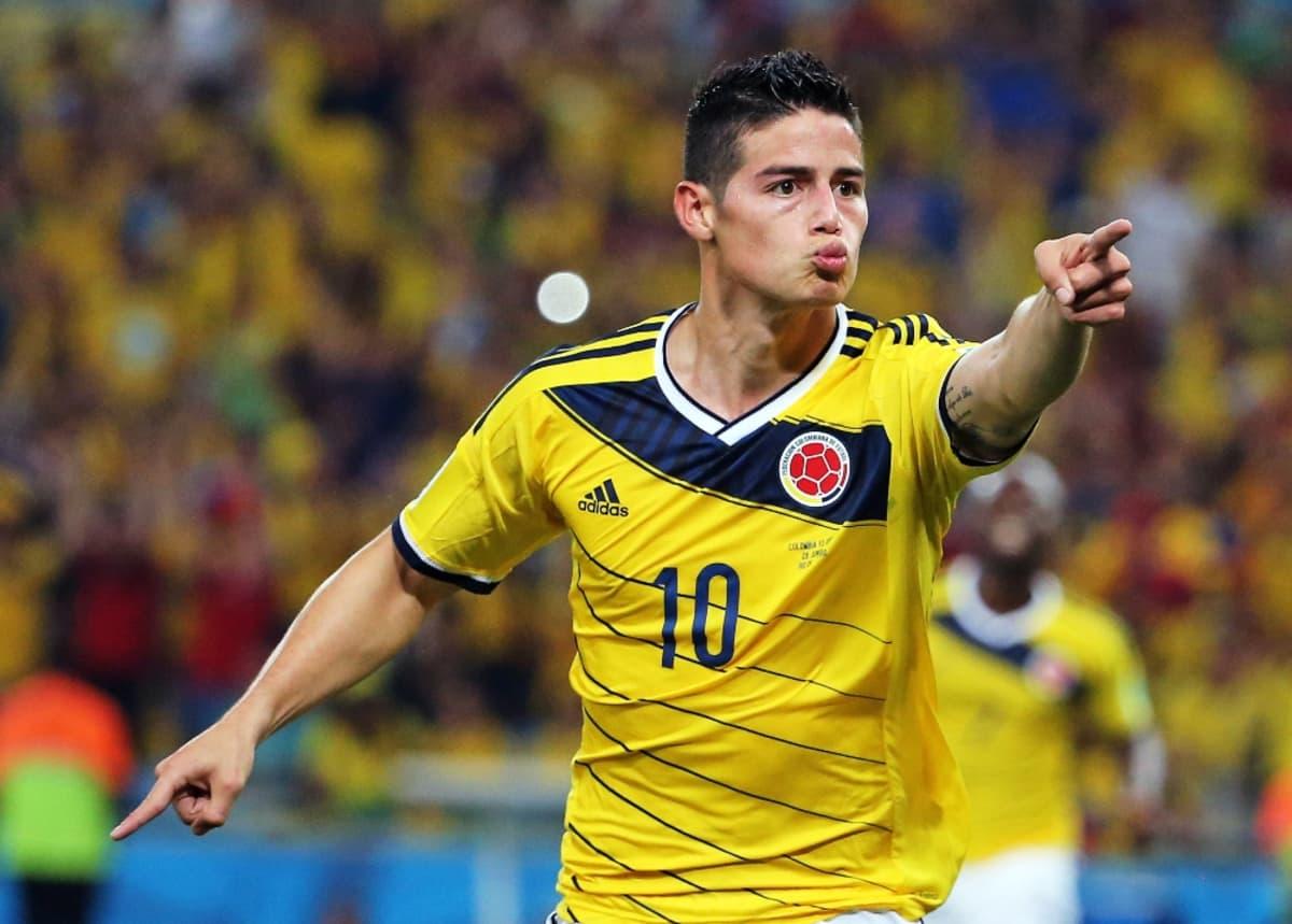 Kolumbian James Rodríguez tuulettaa.