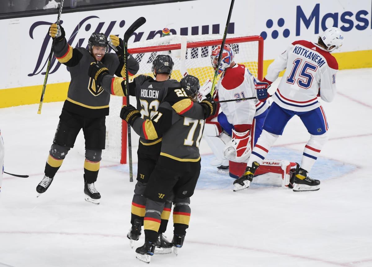Vegas Golden Knights juhlii maalia.
