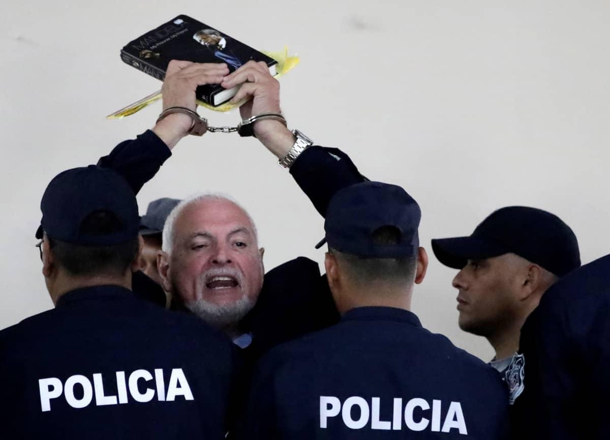 Panaman entinen presidentti Ricardo Martinelli vaati alkuvuodesta oikeudenkäynnin keskeyttämistä vedoten heikkoon terveydentilaansa. Vetoomus hylättiin.