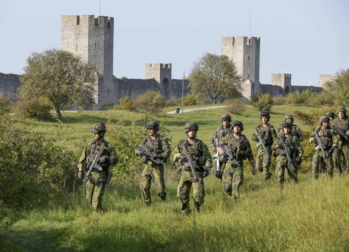 Ruotsalaisia sotilaita harjoituksissa Gotlannissa 14. syyskuuta.