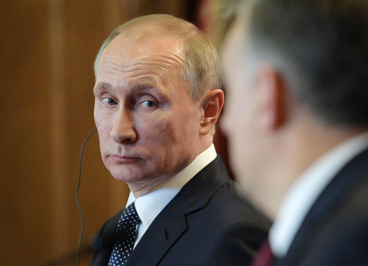 Venäjän presidentti Vladimir Putin 2. helmikuuta 2017 Unkarin pääministerin Viktor Orbánin tapaamisessa Budapestissä.