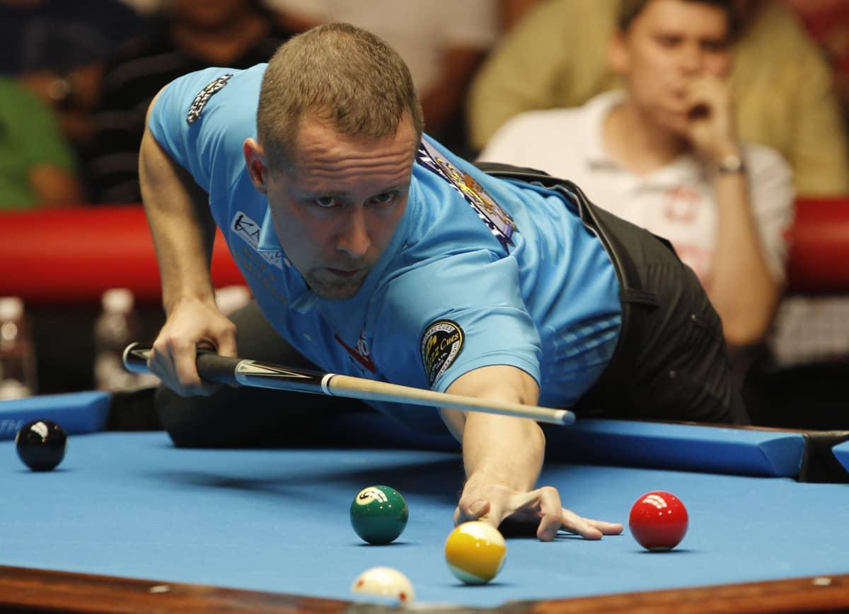 Mika Immonen on yksi poolbiljardin menestyneimmistä pelaajista.