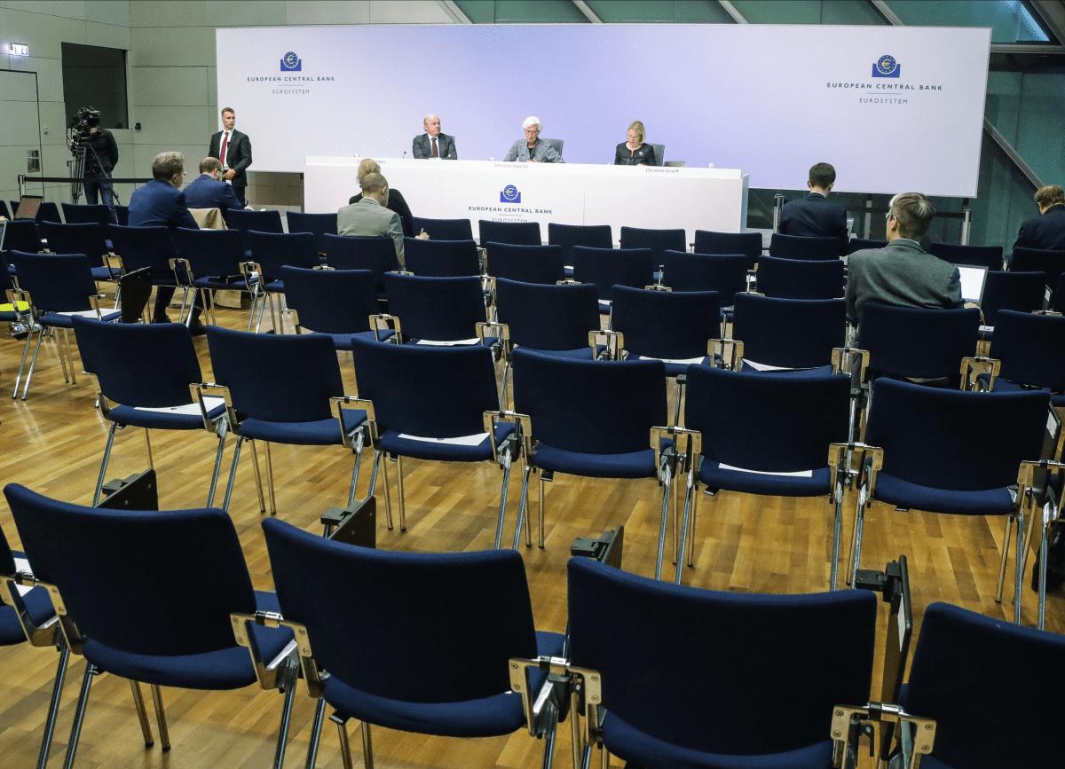 Kuva EKP:n neuvoston tiedotustilaisuudesta 12.3.2020.