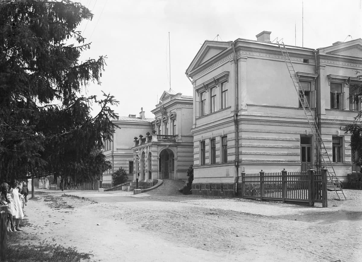 Kuopion lääninhallituksen rakennus