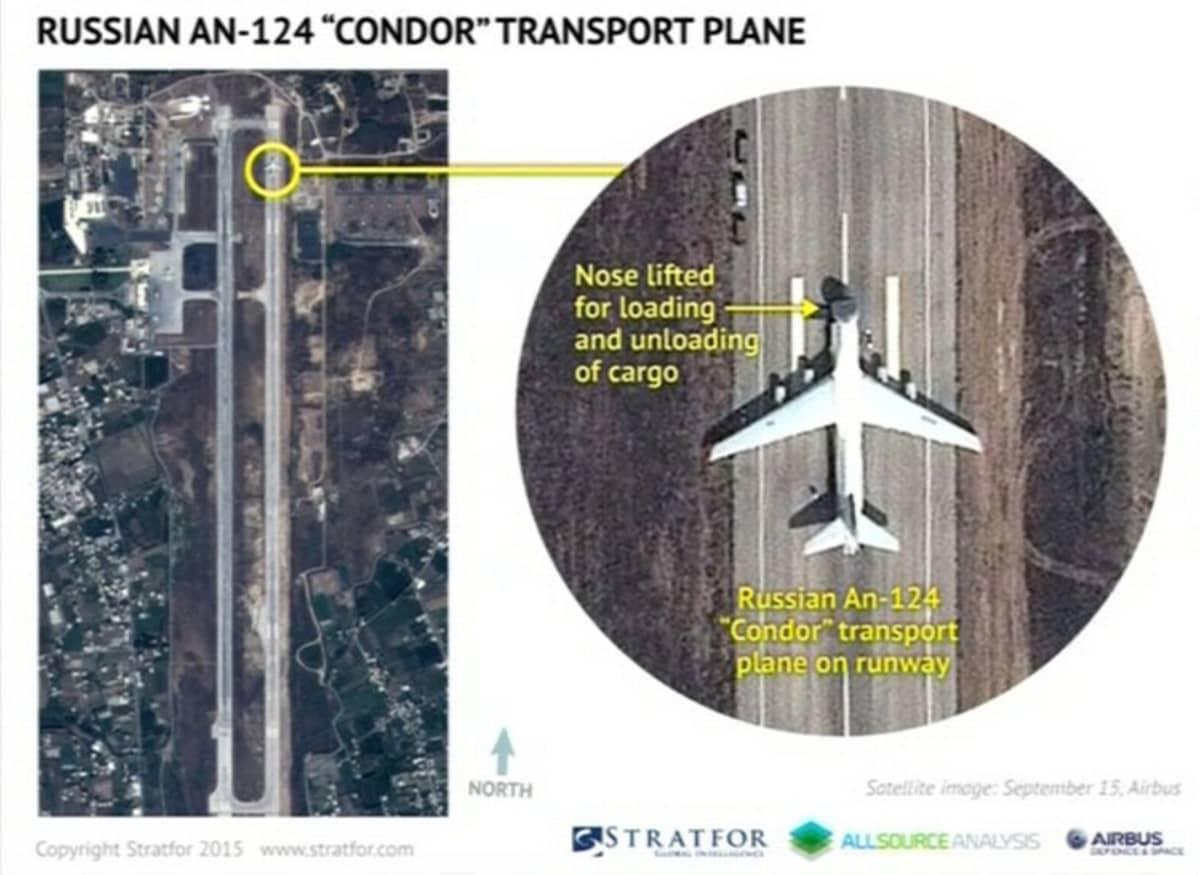 Satelliittikuvassa näkyy venäläinen kuljetuslentokone lentokentällä, joka sijaitsee lähteen mukaan Latakiassa, Syyriassa. Kuvamateriaali on tallennettu 15. syyskuuta.