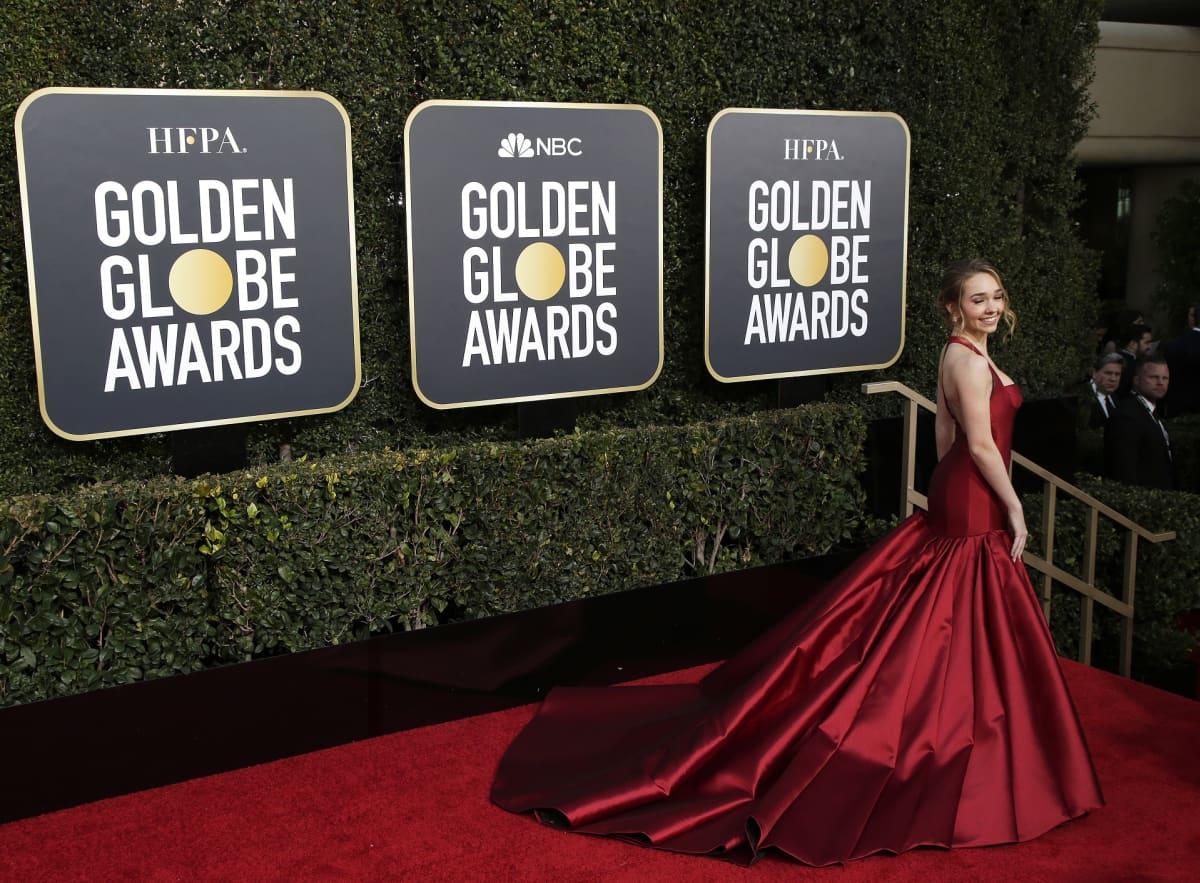 Yhdysvaltalainen näyttelijä ja tanssija Holly Taylor saapuu 76. vuosittaiseen Golden Globe -palkintotilaisuuteen Beverly Hilton -hotelliin, Beverly Hillsiin, Kaliforniassa, 6. tammikuuta 2019.