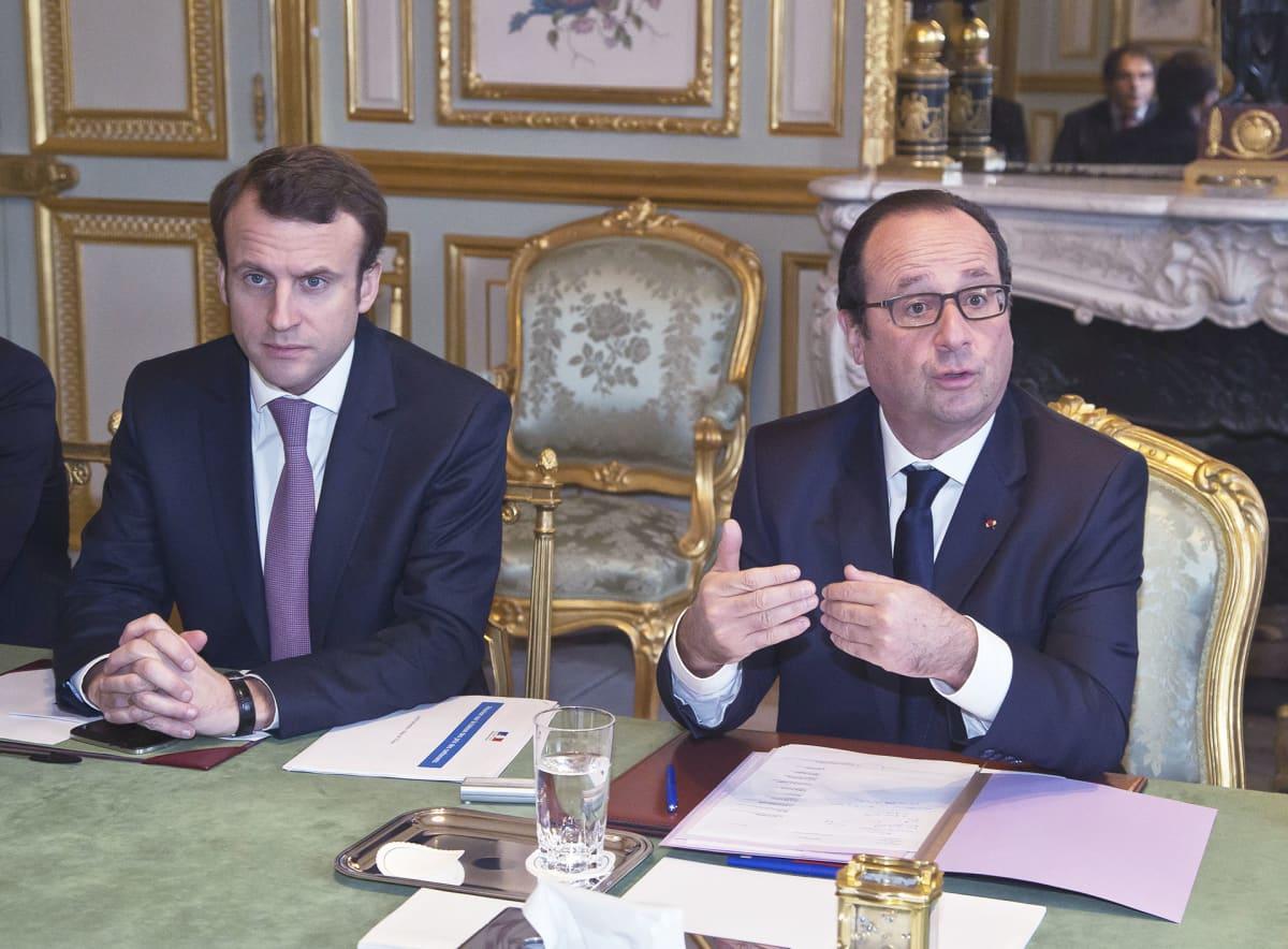 Francois Hollande ja Emmanuel Macron.