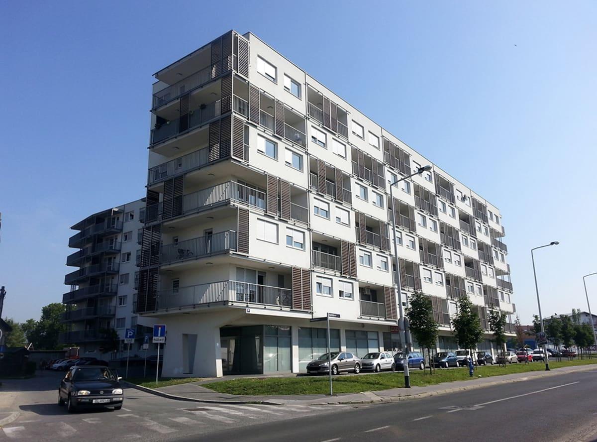 Migrit Energijan toimisto kerrostalon alakerrassa Kroatian Zagrebissa.