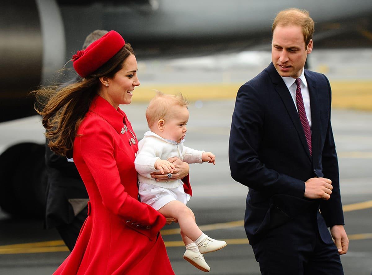 Prinssi Williamin ja herttuatar Catherinen poika prinssi George saapui vanhempineen Uuteen-Seelantiin 7. huhtikuuta 2014.