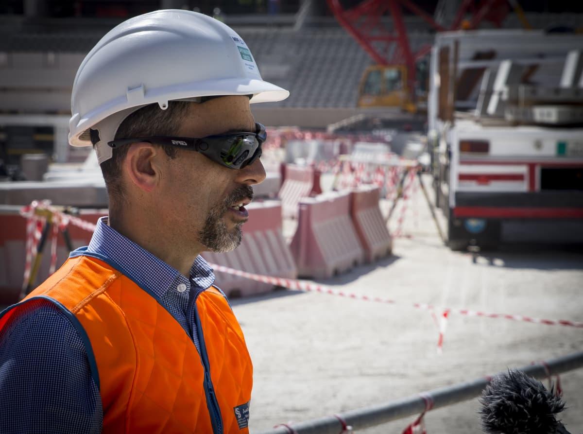 Lusail-stadionin rakentamisesta vastaava projektipäällikkö Tamim Al Abed