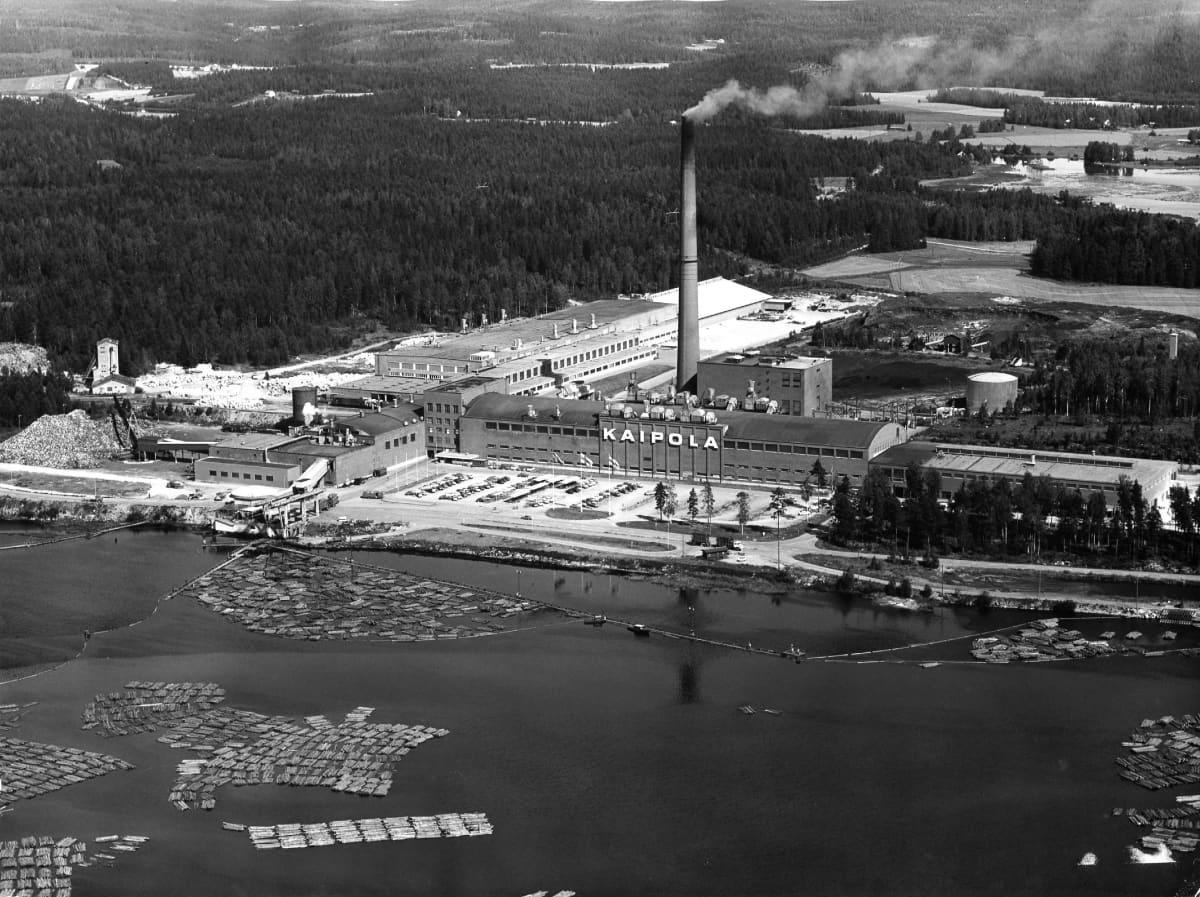 Ilmakuva Kaipolasta 1970-luvulla.