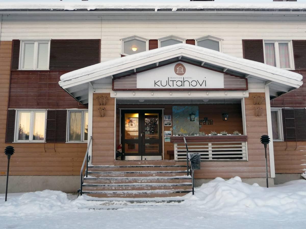 Hotelli Kultahovi Inarissa.