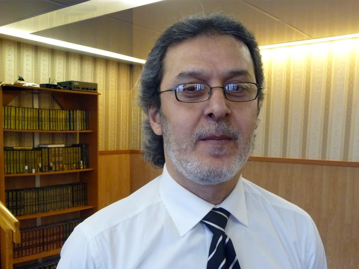 Tampereen islamin yhdyskunnan puheenjohtaja Mustafa Kara