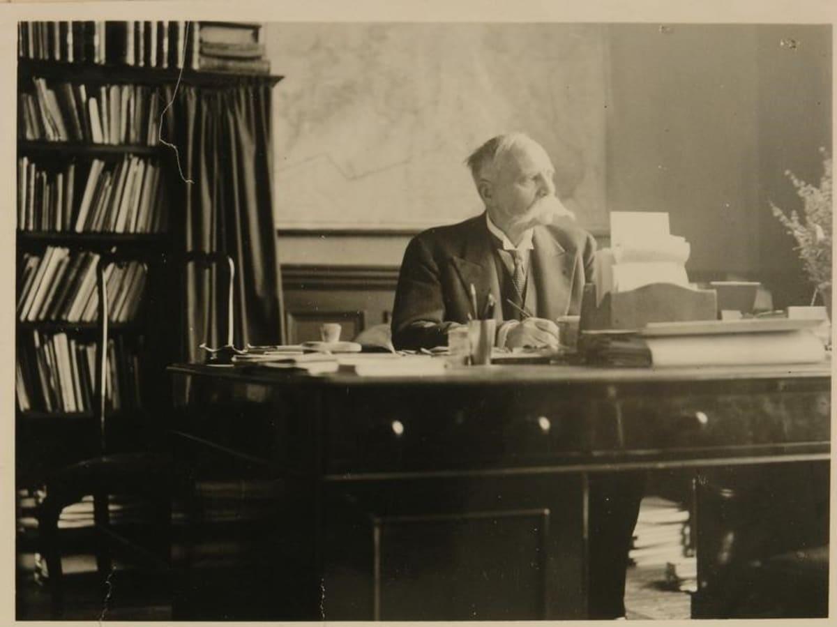 Ensimmäinen Viron-lähettiläs Suomessa oli Oskar Kallas.