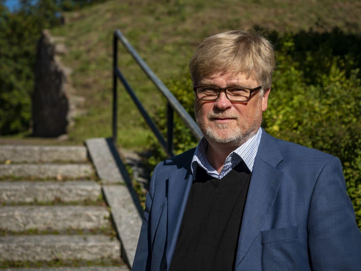 Historiantuntija Matti Enbuske