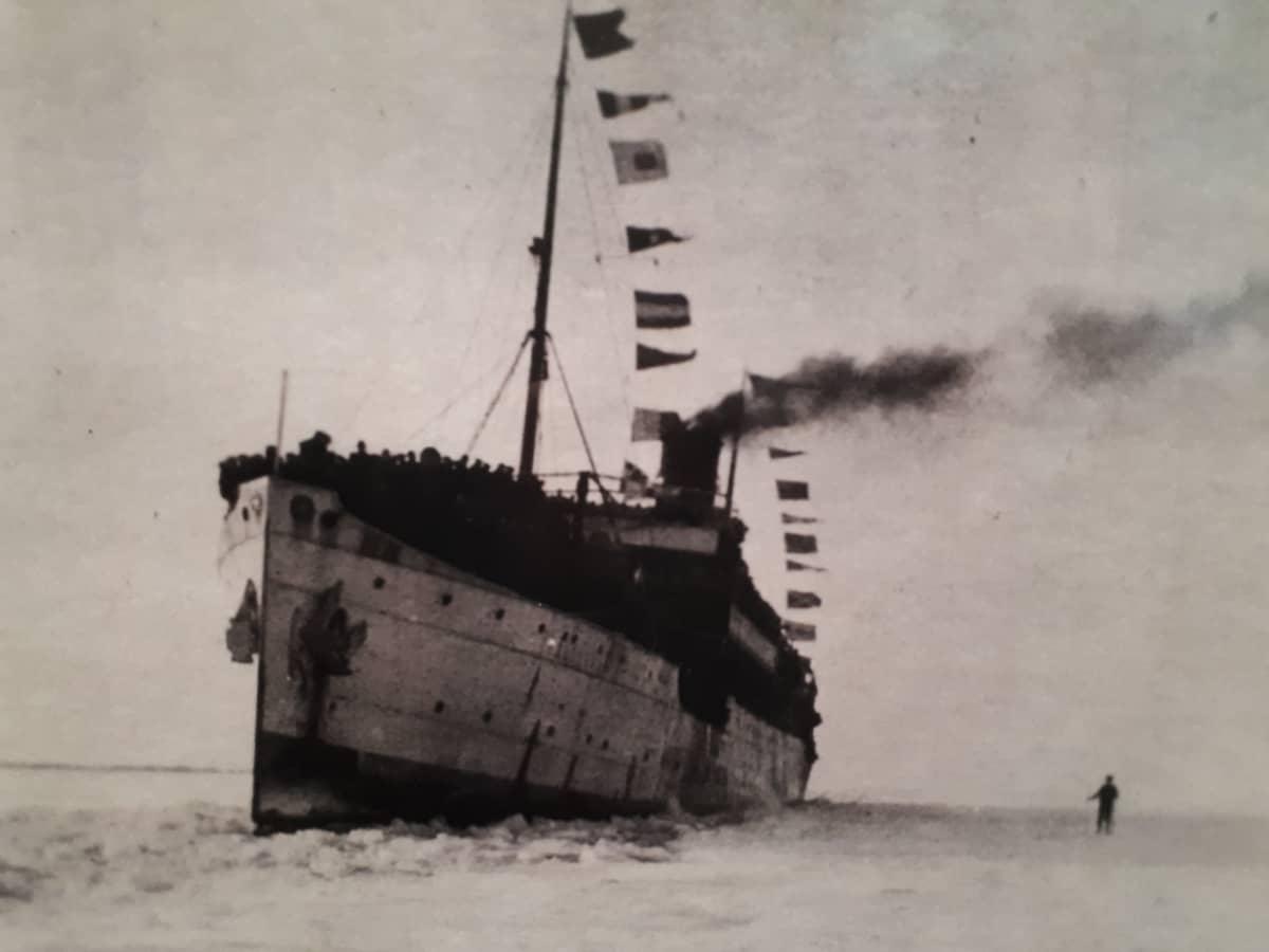Jääkärit saapuivat Vaasaan Arcturus-laivalla.