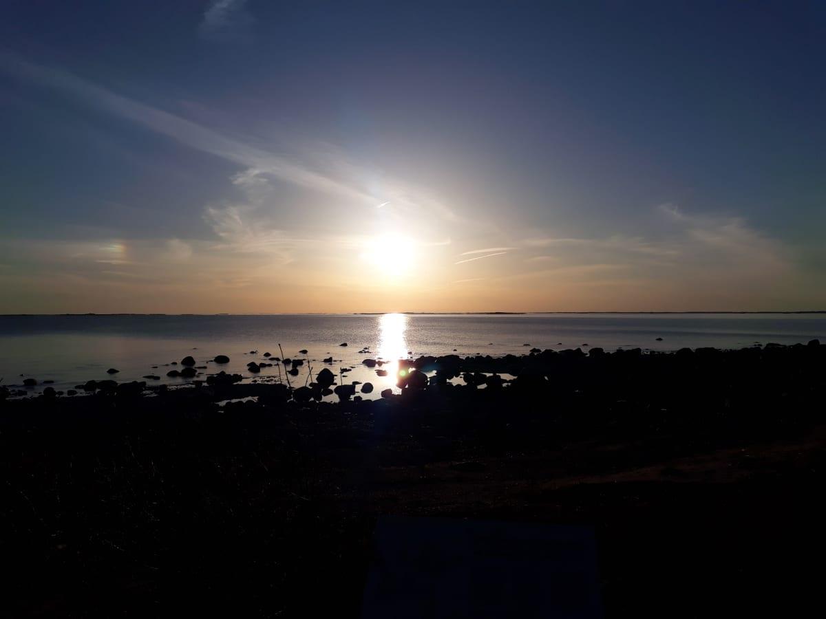 Auringonlasku Örön saarella