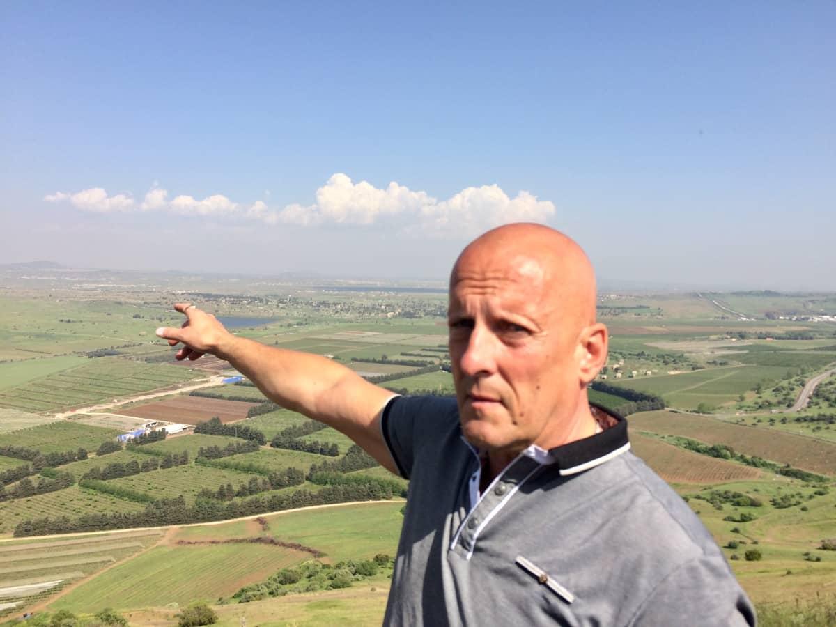 Koskela esittelee Golanin kukkuloita