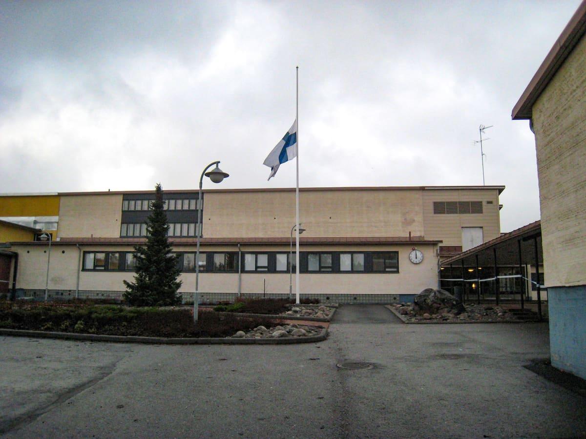 Jokelan koulu jokelan koulusurmat,Jokelan koulukeskuksessa