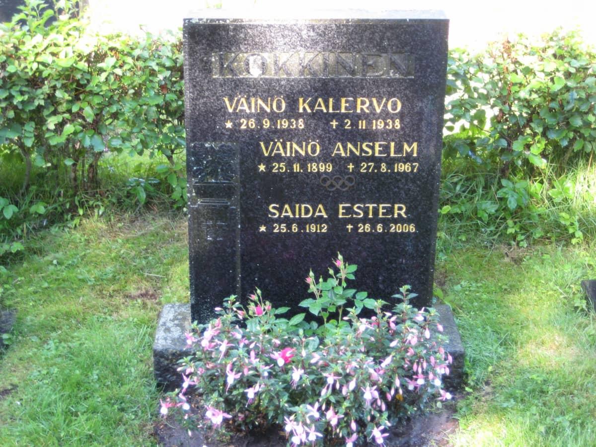 Väinö Kokkisen hauta