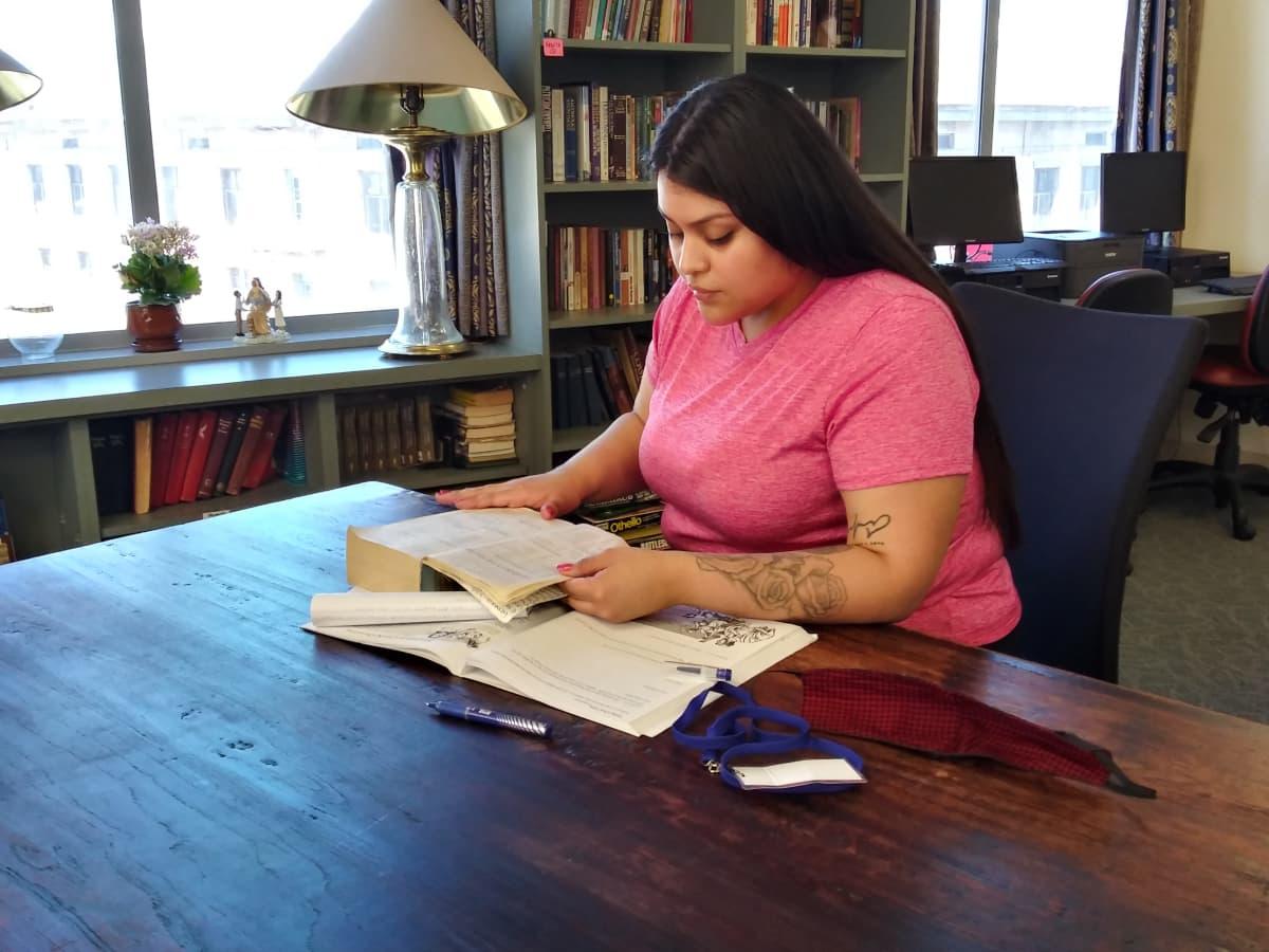 Amairany Cervantez vältti 10 vuoden vankeustuomion sitoutumalla opiskelemaan 13 kuukautta L.A. Missionin tarjoamassa vieroitus- ja elämäntaito-ohjelmassa.