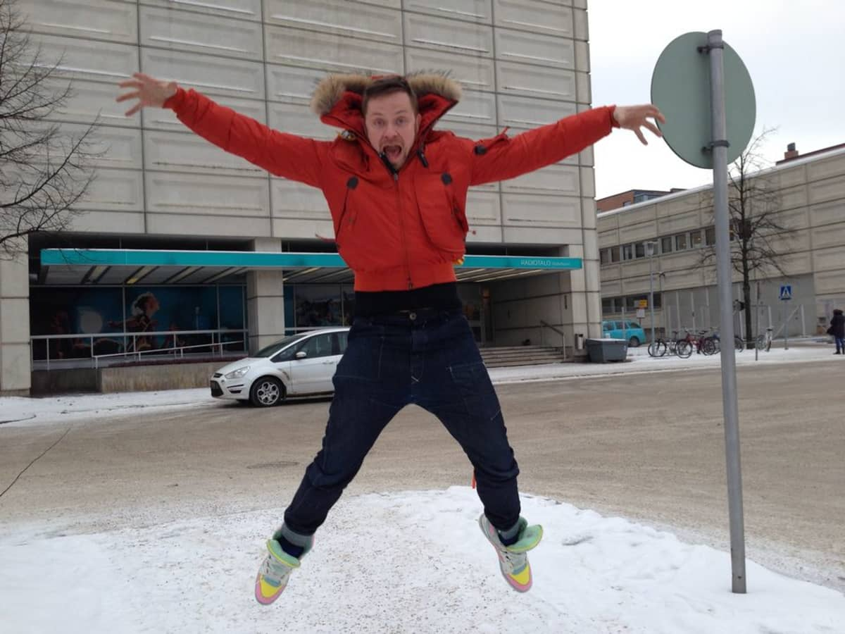 Stylisti Teri Niitti talvivaatteissa.