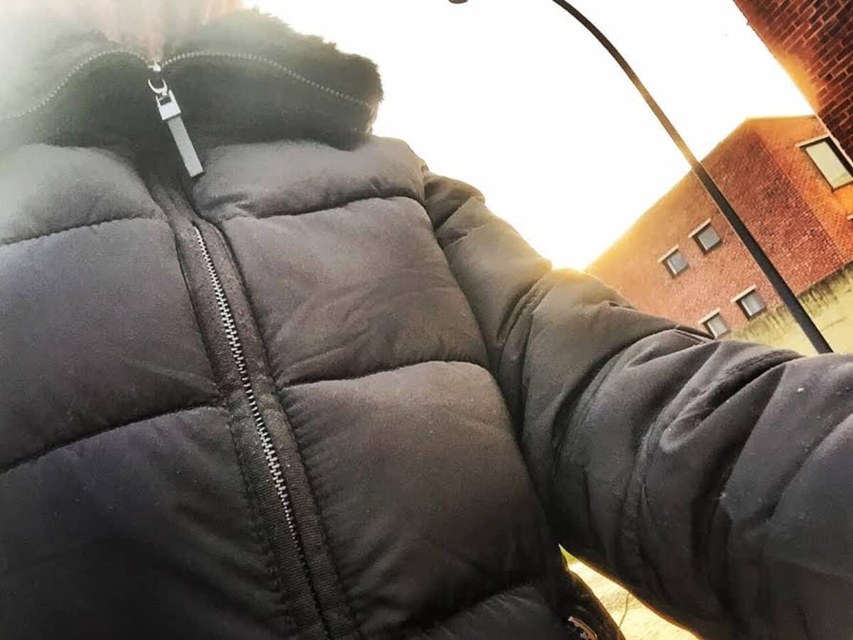 musta takki