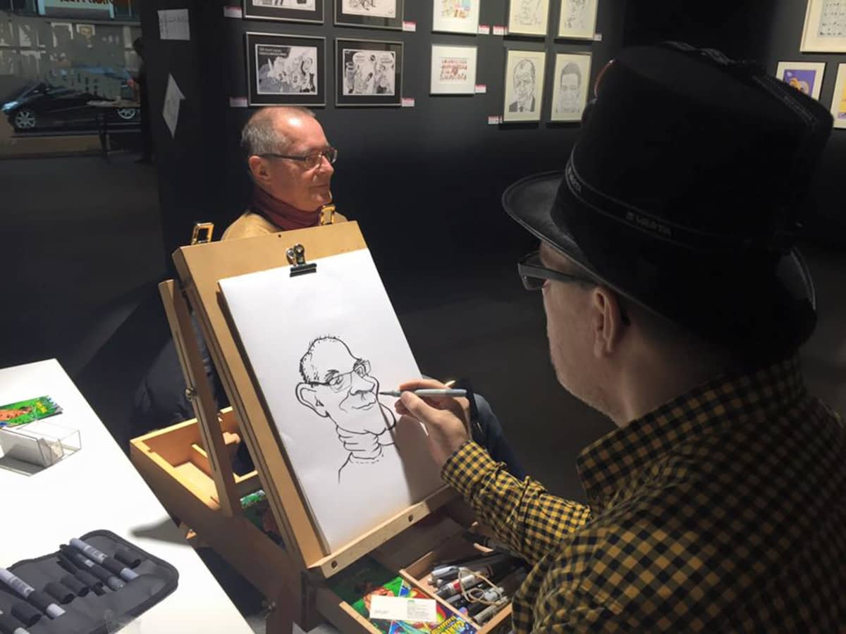 Karikatyyri, karikatyristi, live-piirustus, piirustus, taitelija