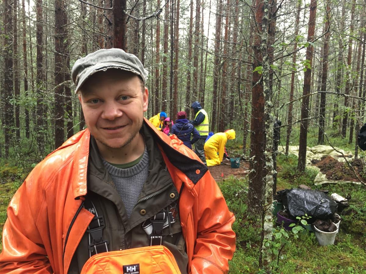 Helssega Universitehta dutki ja arkeologa Oula Seitsonen.