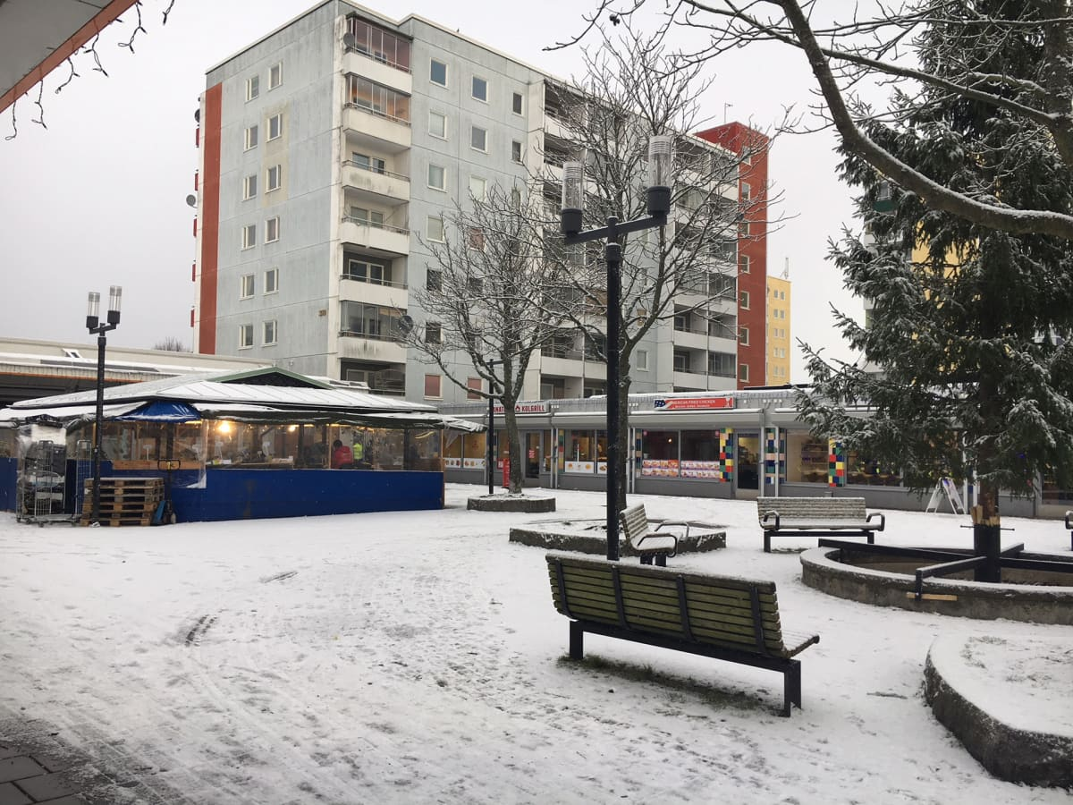 Tukholman lähiö Husby.
