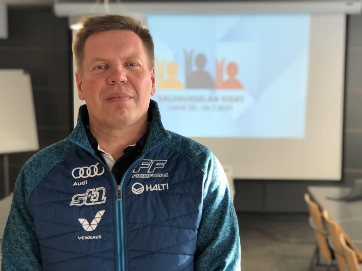 Salppuri Oy:n toimitusjohtaja ja Hiihtoliiton toiminnanjohtaja Ismo Hämäläinen.