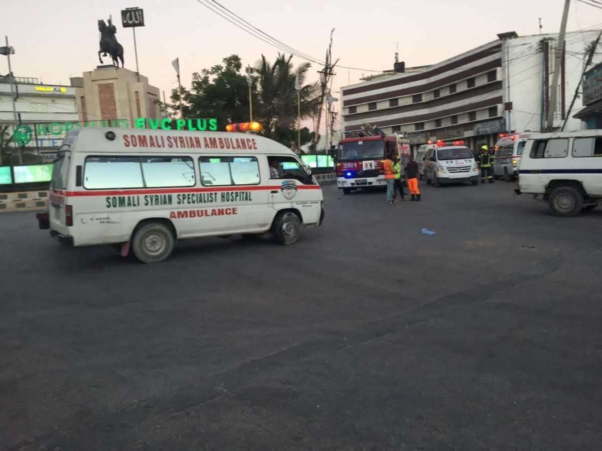 Somalian Mogadishussa käynnissä hyökkäys Afrik-hotelliin.