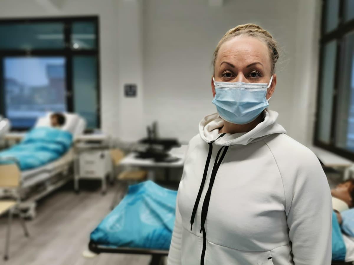 Lähihoitajaopiskelija Elina Saaristo