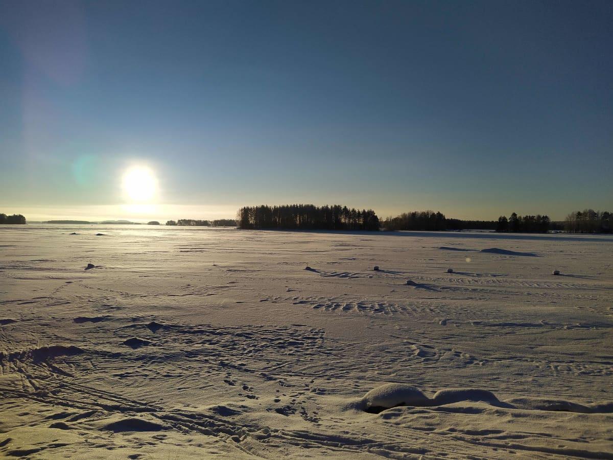 Luminen järven jää