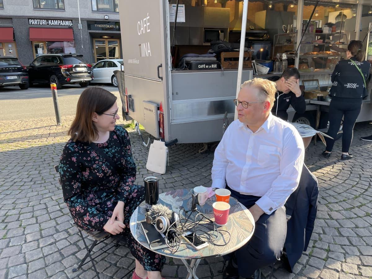 Anni Sinnemäki ja Juhana Vartiainen