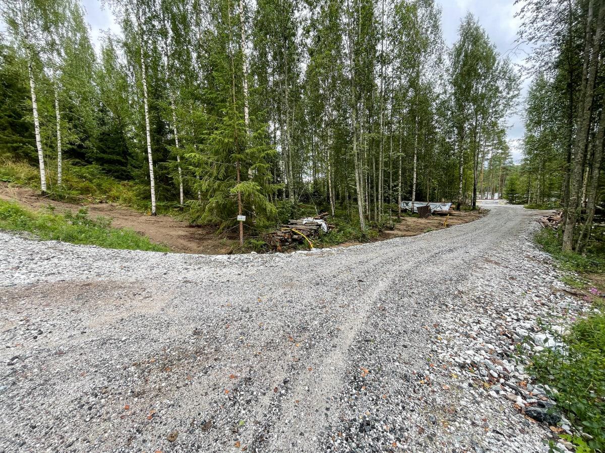 Uusia tontteja Rutolan kylässä Lappeenrannassa.