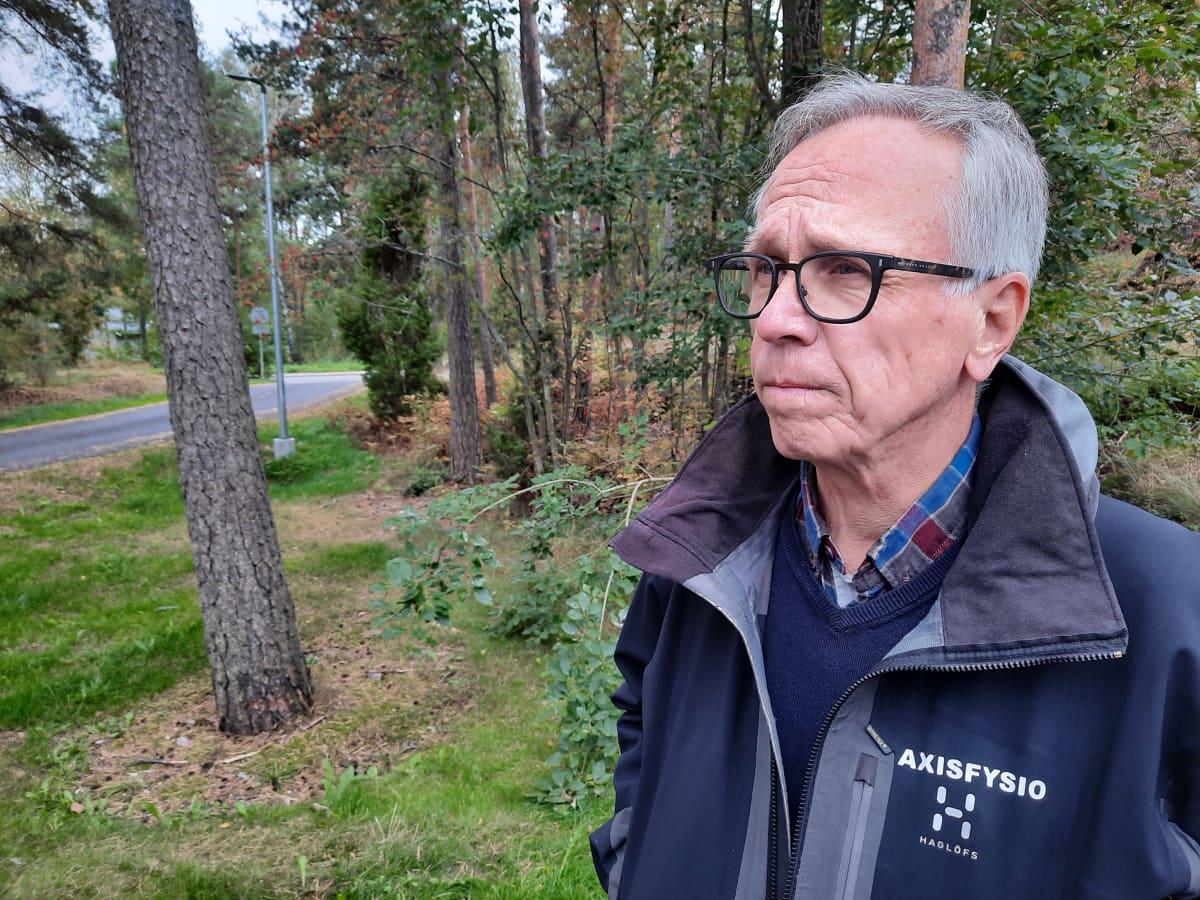 Sääksissätiön merikotkatyöryhmän pj Jouko Högmander