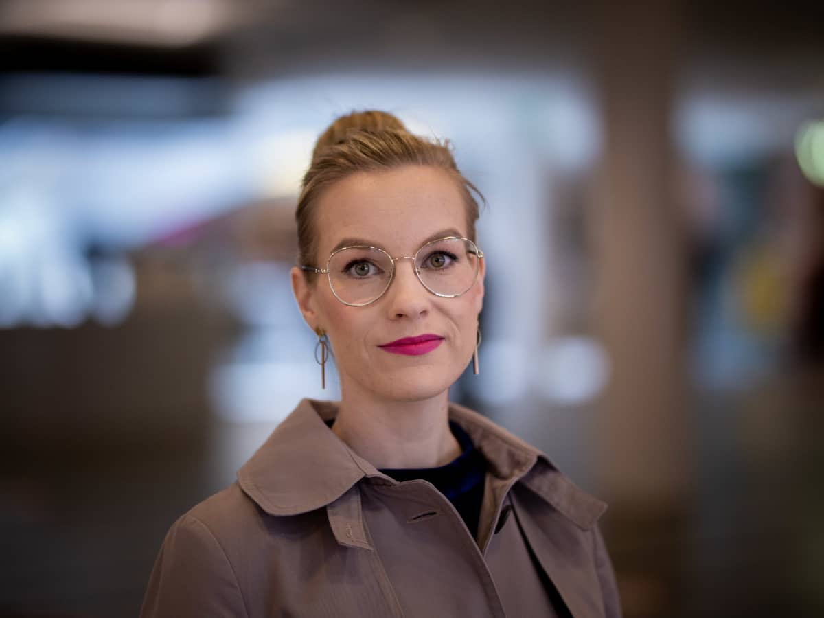 tilastoasiantuntija Hanne Mikkonen Suomen Tekstiili & Muoti ry