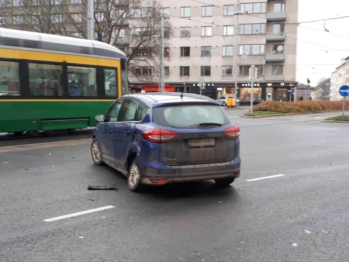 kolariauto Töölöntorilla 3.11.2019