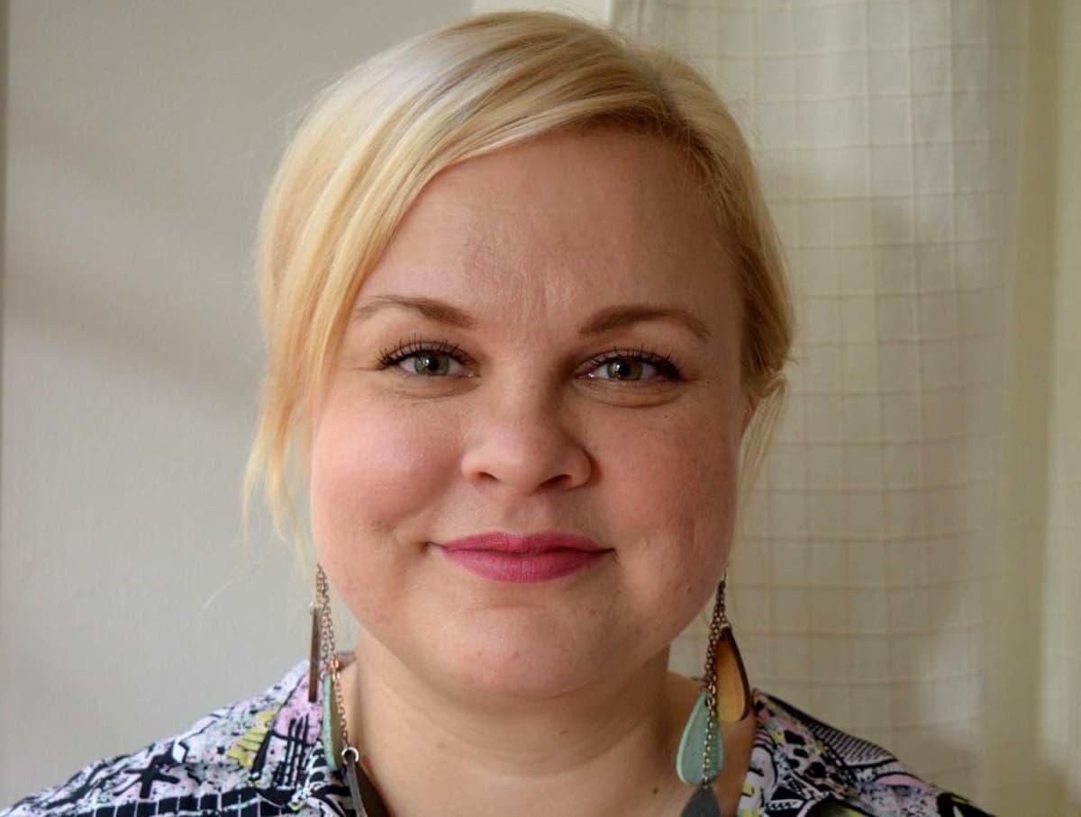 Elina Helmanen