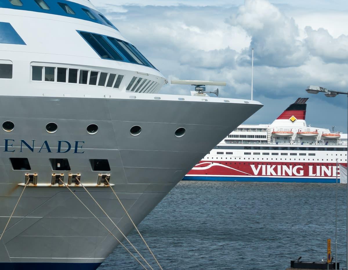 Matkustajalaivoja Helsingin Etelä-satamassa.