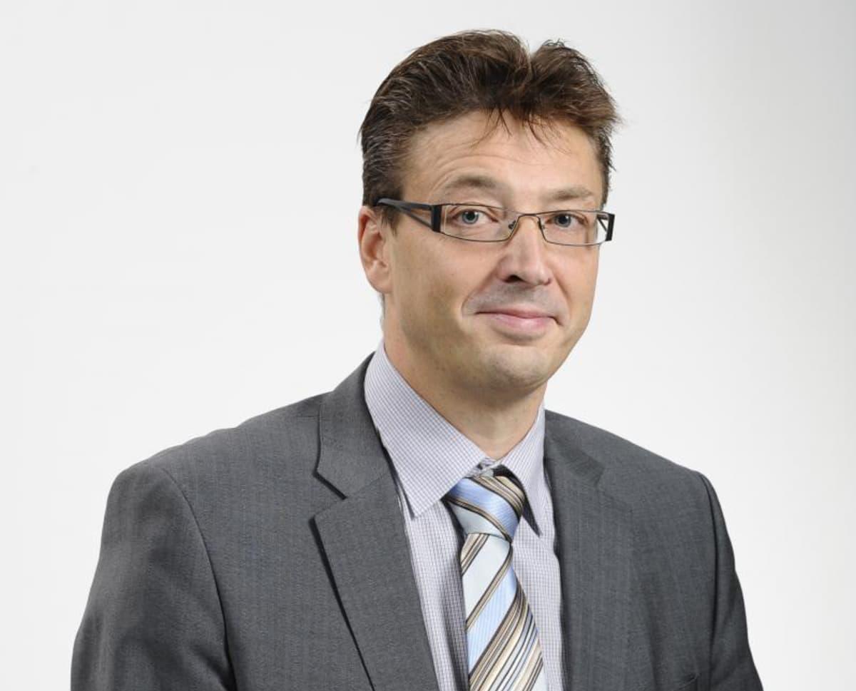Jouko Niinimäki aloittaa Oulun yliopiston rehtorina vuoden 2015 alussa.