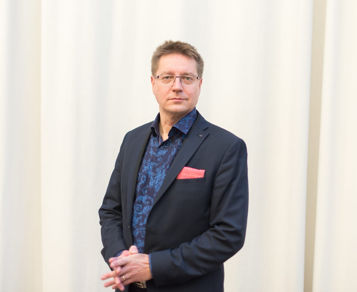 Taideyliopiston rehtori Jari Perkiönmäki